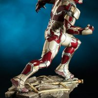 Iron Man Mark 42 Quarter Scale Maquette Right Side