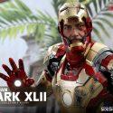 Iron Man Mark XLII Quarter-Scale Figure 10