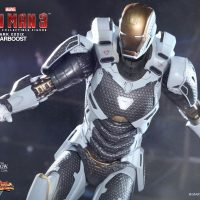Iron Man Mark XXXIX Starboost Figure Close-Up