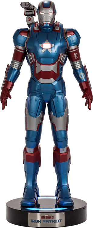 Iron Patriot Life-Size Figure by Beast Kingdom