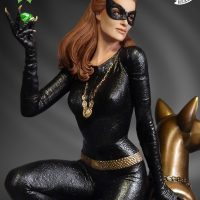 Julie Newmar Catwoman Emerald Edition Maquette