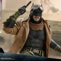 Knightmare Batman Sixth-Scale Figure 9