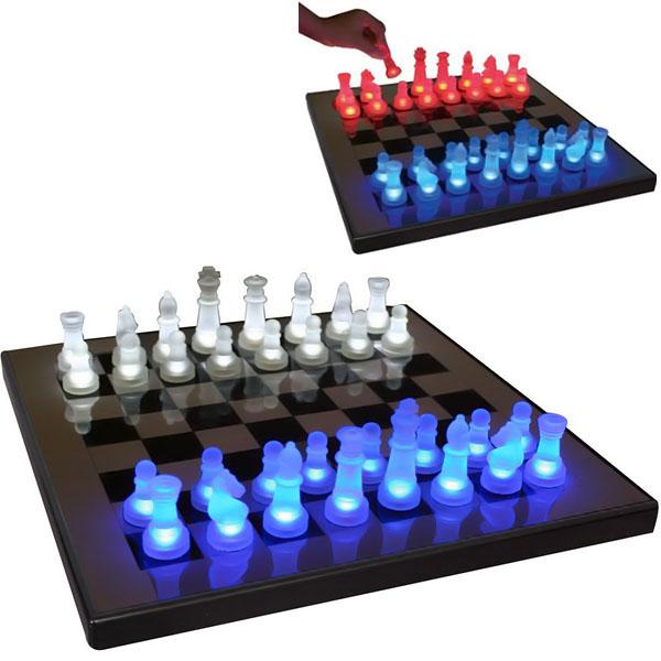 LED Glow Chess Set