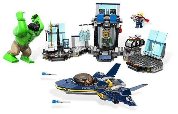 LEGO Hulk's Helicarrier Breakout #6868