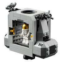 LEGO Creator NASA Apollo 11 Eagle Lunar Lander Detail