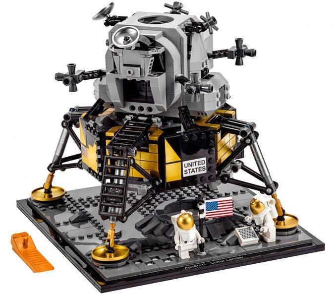 LEGO Creator NASA Apollo 11 Lunar Lander #10266