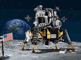 LEGO Creator NASA Apollo 11 Lunar Lander Set