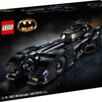 LEGO DC Super Heroes 1989 Batmobile Box
