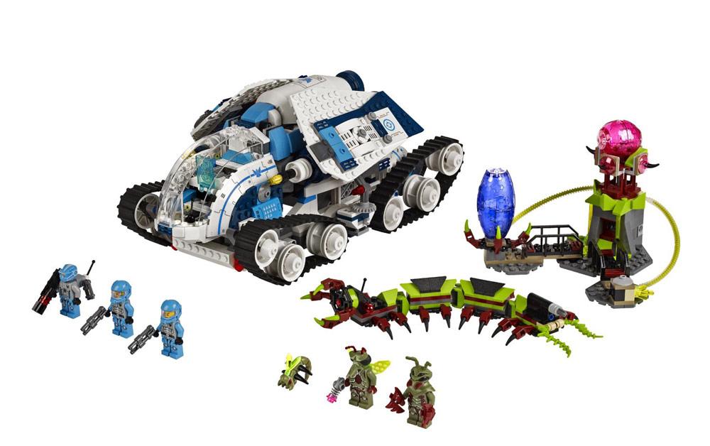 LEGO-Galaxy-Squad-Galactic-Titan-70709.j
