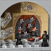LEGO Harry Potter Hogwarts Castle 10