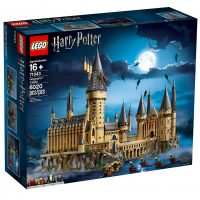 LEGO Harry Potter Hogwarts Castle 71043 Box