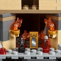LEGO Harry Potter Hogwarts Castle 9