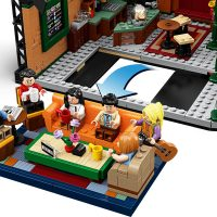 LEGO IDEAS Friends Central Perk Building Set