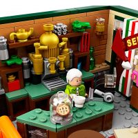 LEGO IDEAS Friends Central Perk Coffee Counter