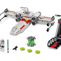 LEGO Star Wars X-Wing Starfighter Trench Run Set