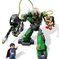 LEGO Superman vs Power Armor Lex