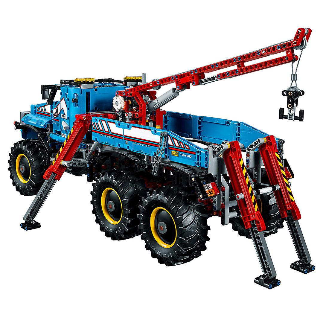 lego technic 6 6 all terrain tow truck 42070. Black Bedroom Furniture Sets. Home Design Ideas