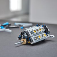 LEGO Technic Bugatti Chiron Engine