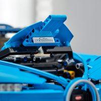 LEGO Technic Bugatti Chiron Hood