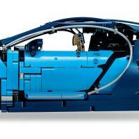 LEGO Technic Bugatti Chiron Side
