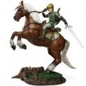 Link on Epona Statue