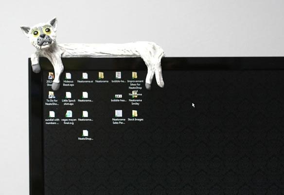 Longcat Monitor Sitter
