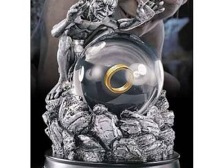 Lord of the Rings Gollum My Precious Globe Sculpture