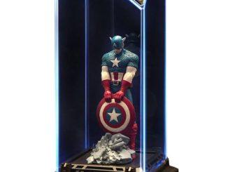 Marvel Captain America Super Hero Illuminate Gallery Statue