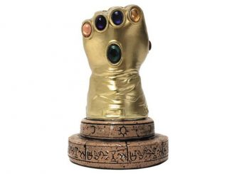 Marvel Infinity Gauntlet Desk Monument