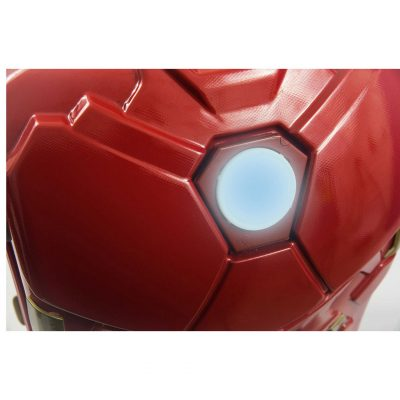 Marvel Iron Man 24-Inch Light Up Spinner Suitcase
