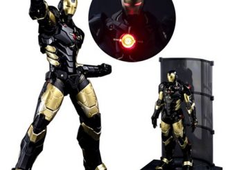 Marvel Now! Iron Man Re Edit Black x Gold Action Figure