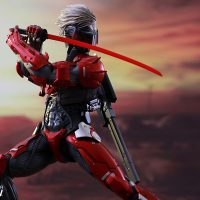 Metal Gear Raiden Inferno Armor Version Sixth-Scale Figure 2