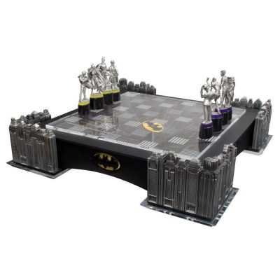 Noble Collection Batman Gotham Cityscape Chess Set LED Light Board