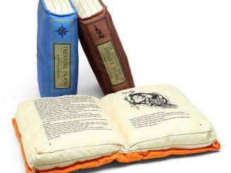 Olde Book Pillow Classics