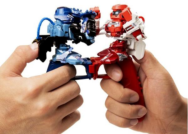 Omnibot Battroborg Fighting Robots Thumb War