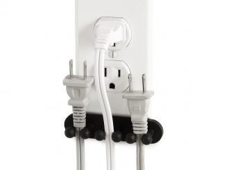 PLUG OUT OUTLET ORGANIZER