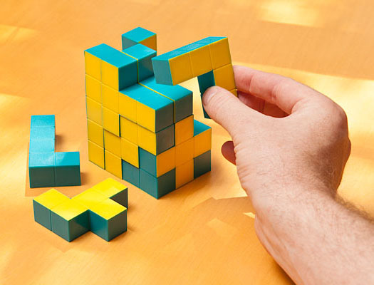 Pentaminoes 3D Puzzle Cubes Game