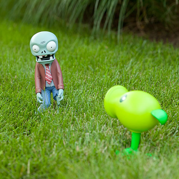 Plants vs Zombies Yard Ornaments