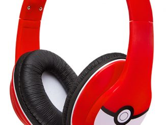 Pokémon Over Ear Headphones w Mic