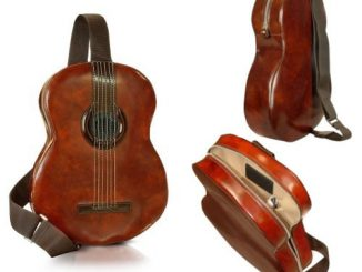 Pratesi Guitar Backpack with MP3 Speaker Connection Brown