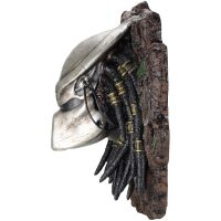 Predator Wall Mounted Bust Side