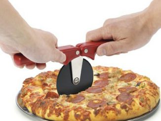 Progressive Folding Pizza Wheel