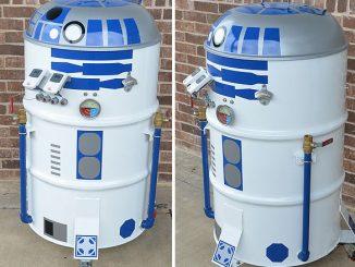 R2-D2 BBQ Drum Smoker