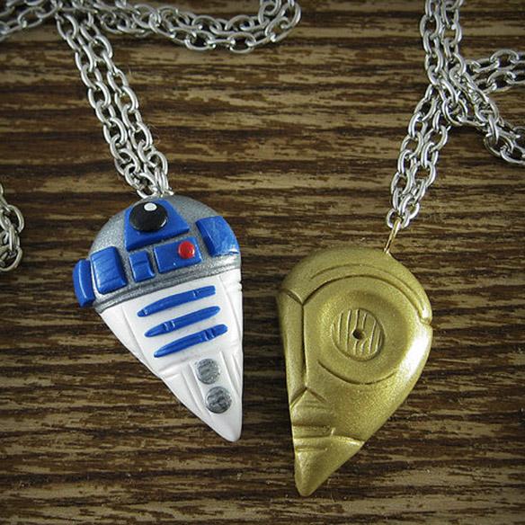 R2D2 and C3PO Best Friends Necklace Set