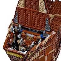 Sandcrawler with top open