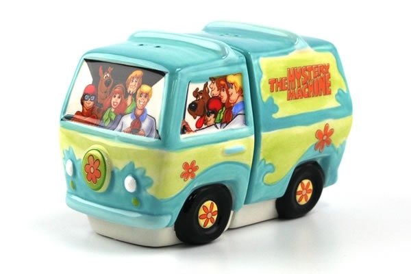 Scooby Doo Gang & Mystery Machine Salt & Pepper Shakers
