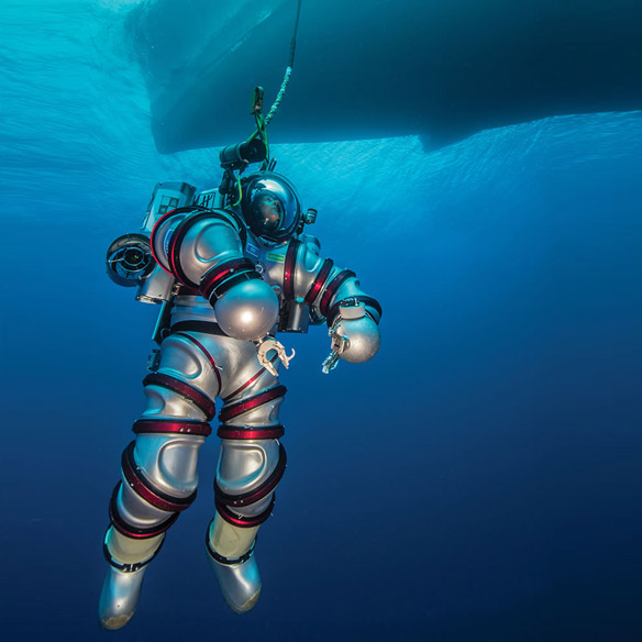 self-propelled-aquanaut-suit_small