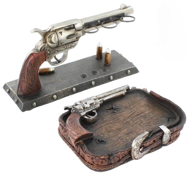 Six Shooter Pistol Bathroom Set