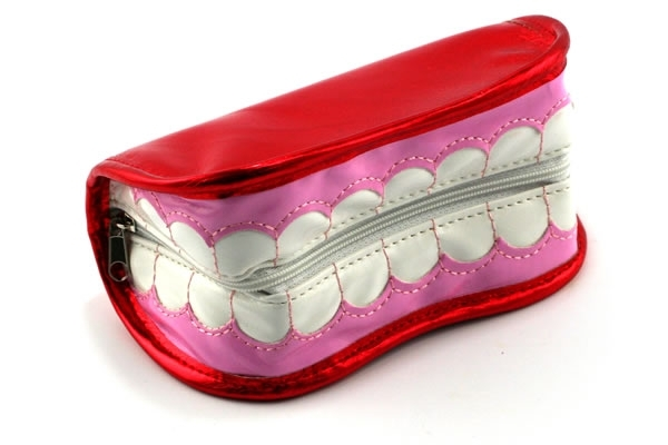 Smiling Teeth Zipper Purse