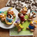 Snow White & The Seven Dwarfs Cakelet Pan